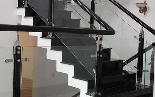 gạch lát cầu thang taicera 2