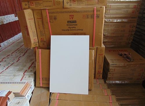 1 thùng gạch 25x40 có bao nhiêu viên