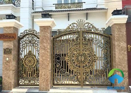 Tổng hợp mẫu gạch ốp trụ cổng nhà ĐẸP – ẤN TƯỢNG theo nhiều phong cách