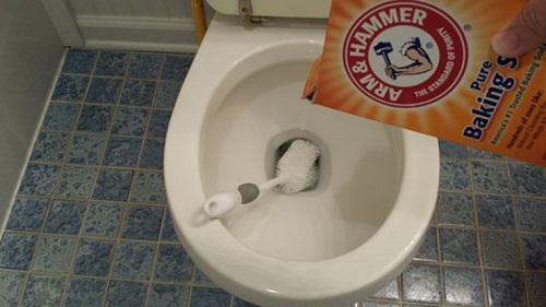 cách làm sạch nhà vệ sinh
