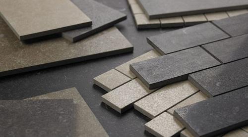 Nên chọn gạch ốp tường Ceramic hay Granite? So sánh – đánh giá chi tiết