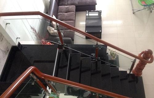 cầu thang 3 vế đẹp mắt