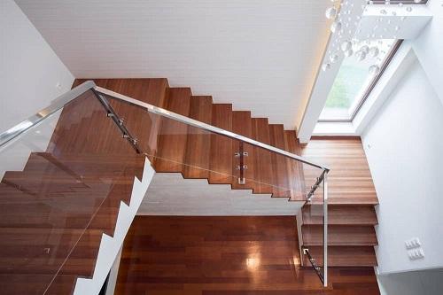 Chiêm ngưỡng loạt mẫu cầu thang 2 chiếu nghỉ Đẹp – Ấn tượng